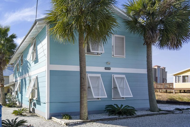 Salty, holiday rental in Gulf Shores