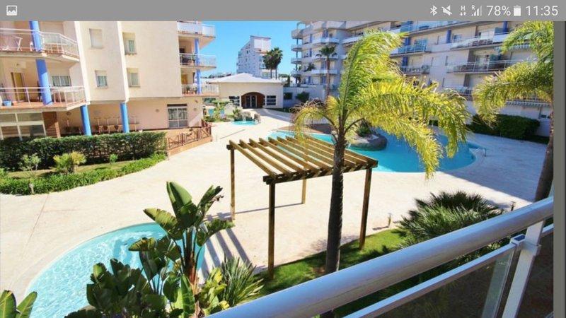 Apartamento con piscina en alquiler en Roses-PC CANIG 406, aluguéis de temporada em Pau