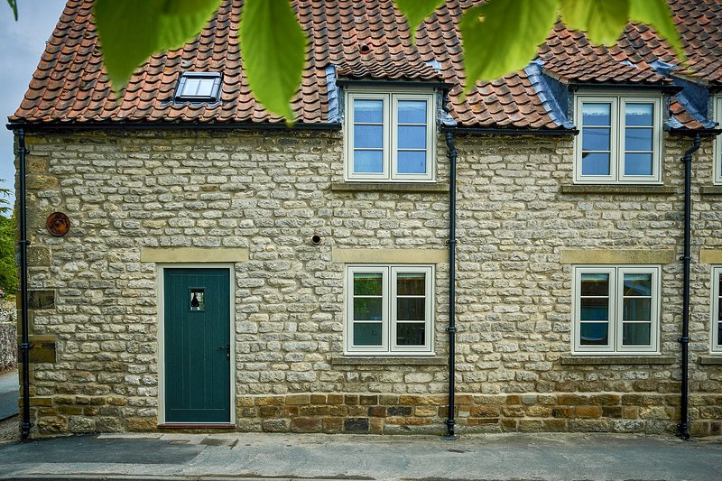 Butterwick Cottage, holiday rental in Pickering