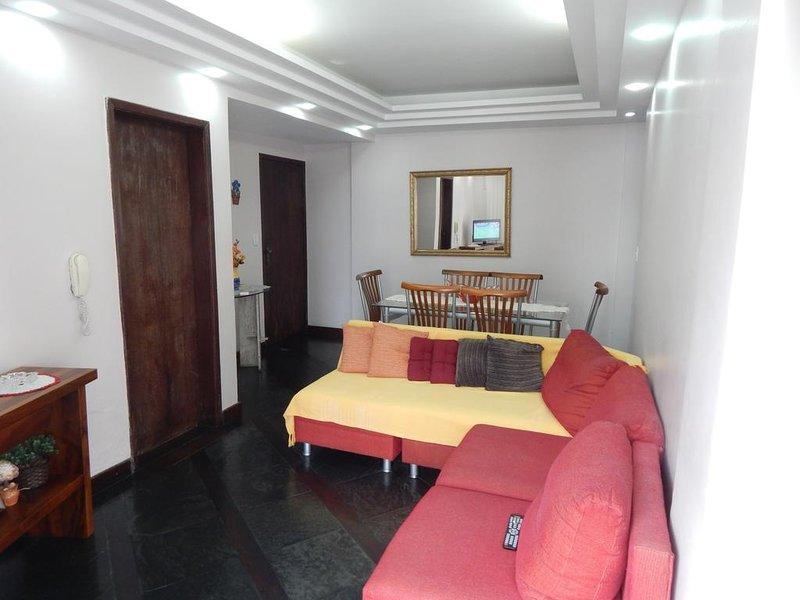 Apartamento Praia do Forte - 2 Quadras da Praia, vacation rental in Cabo Frio