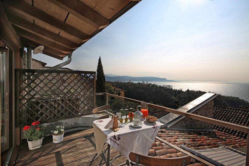 Betta, holiday rental in Gardone Riviera