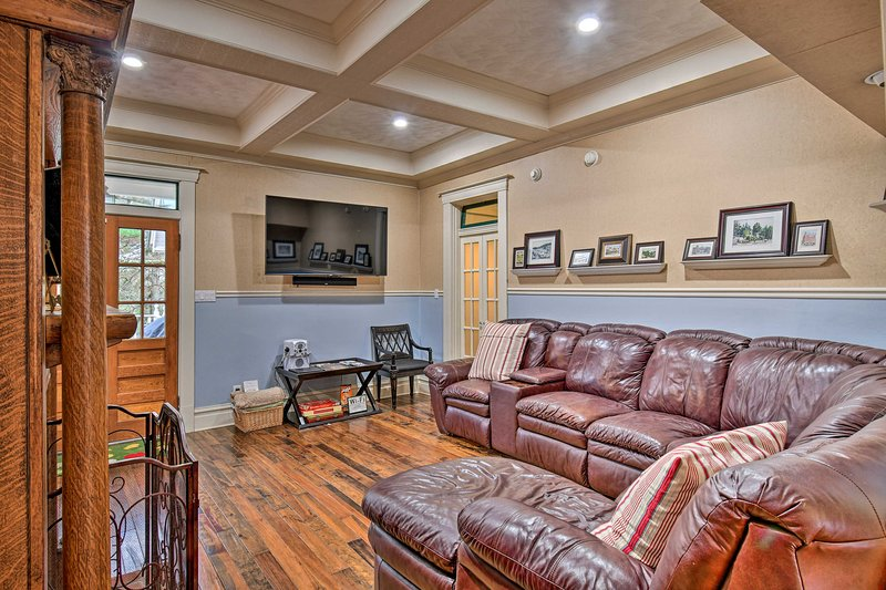 This 4-bed, 3-bath home is within walking distance to Oaklawn Race Track!