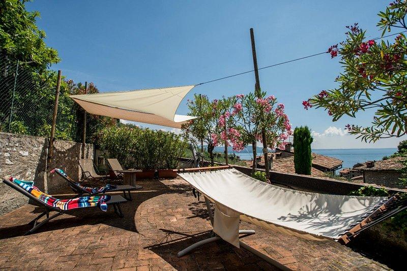 La Loggia, holiday rental in Gardone Riviera