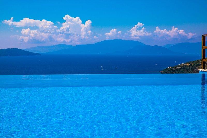 VILLAS ATTIS - Spacious Villas Overviewing Ionian Sea and Bay of Sivota, holiday rental in Mikros Gialos