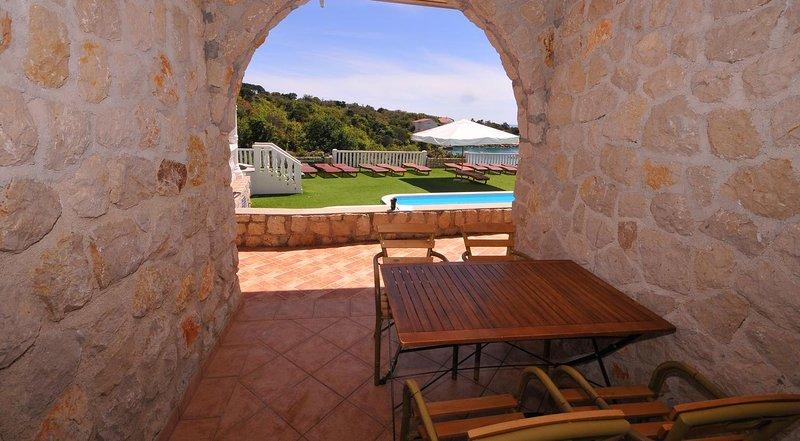 Potocnica Apartment Sleeps 6 with Pool - 5827990, location de vacances à Potocnica