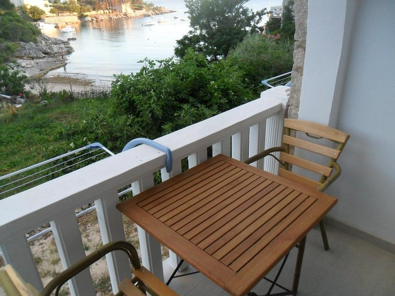 Potocnica Apartment Sleeps 2 with Pool and Air Con - 5827985, vacation rental in Potocnica