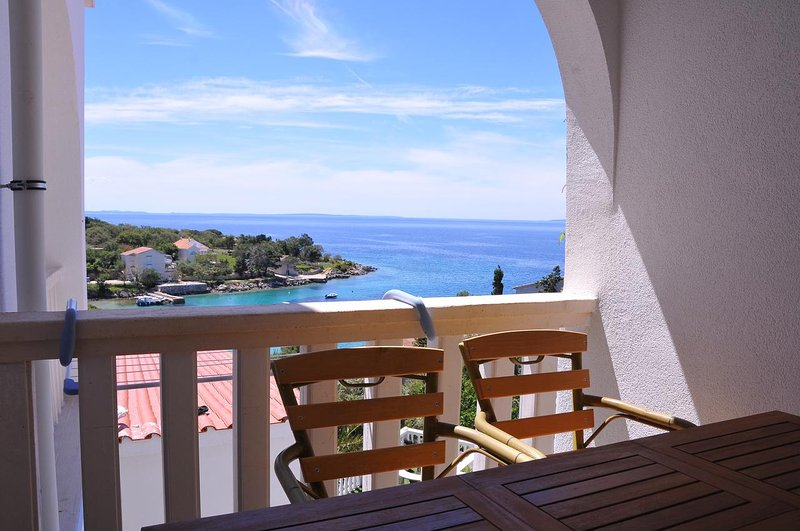 Potocnica Apartment Sleeps 4 with Pool and Air Con - 5827988, vacation rental in Potocnica