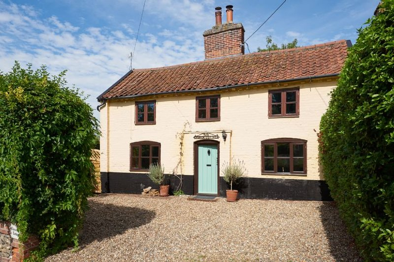 Church Cottage, holiday rental in Heveningham