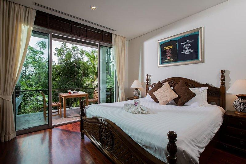 Superb beach apartment | KG5B, casa vacanza a Kata Noi Beach