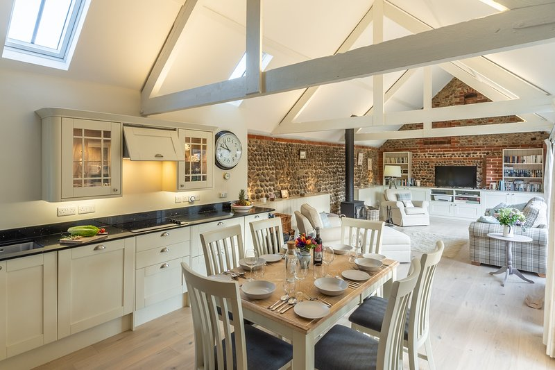 Summer Barn, vacation rental in Salthouse