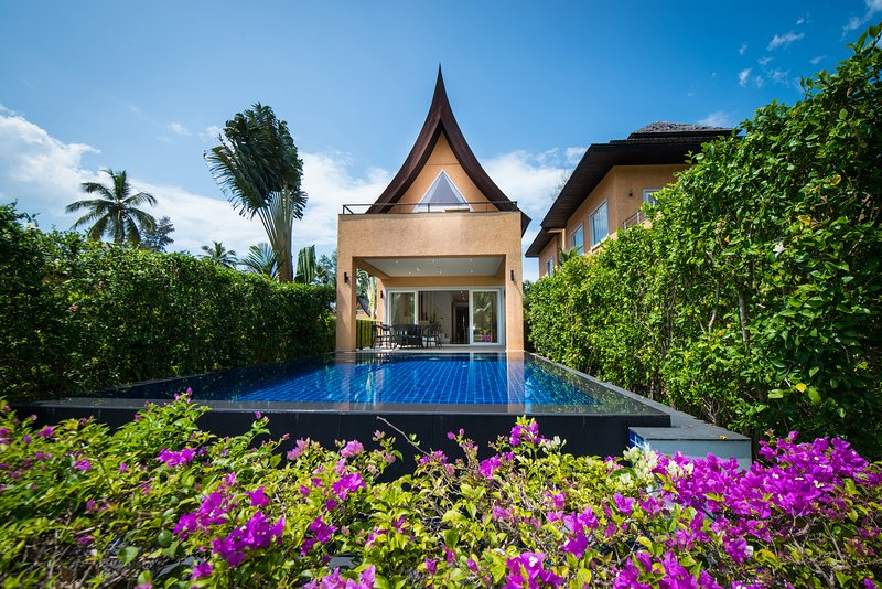 Blue Chill Villa Infinity Pool Hotel Managed, vacation rental in Trat