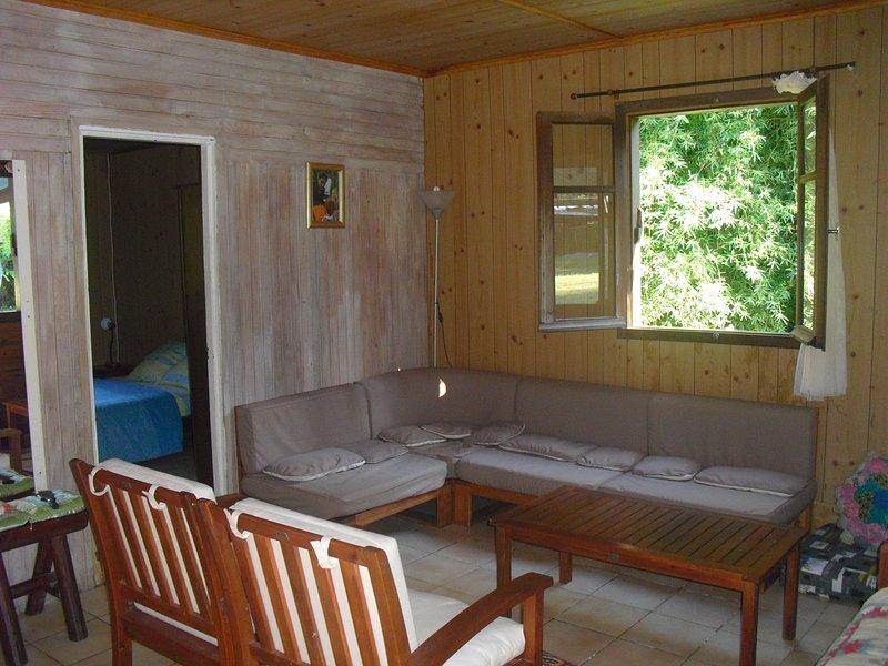 Big house with mountain view & Wifi, location de vacances à Le Ouaki