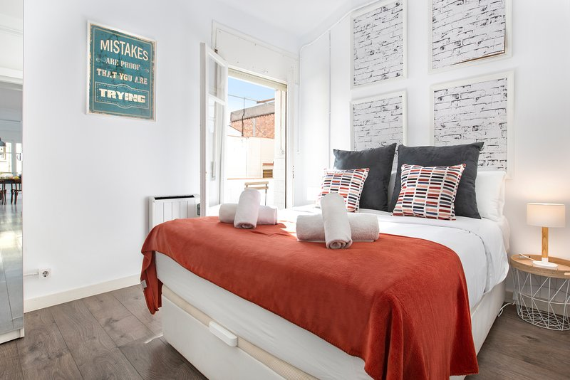 Stay U-nique Legalitat, vacation rental in Vallmanya