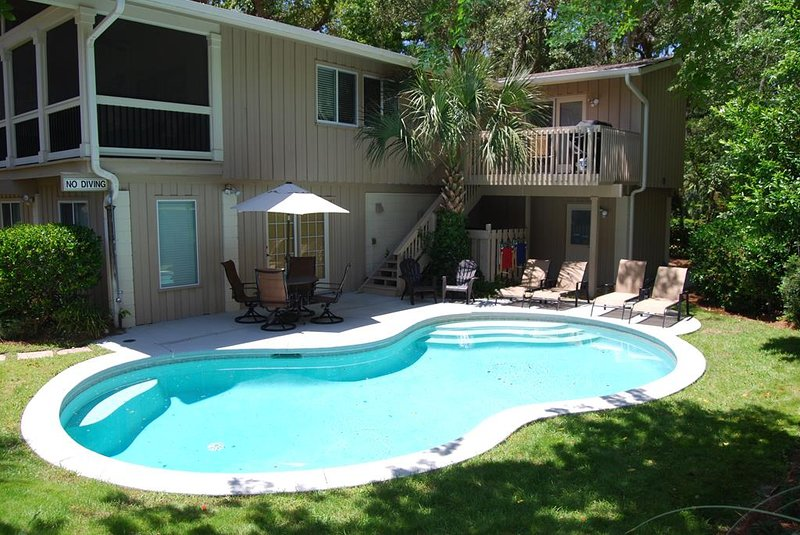200 Feet from the Beach - Home with Private Pool, Short Walk to Coligny, vacation rental in Hilton Head