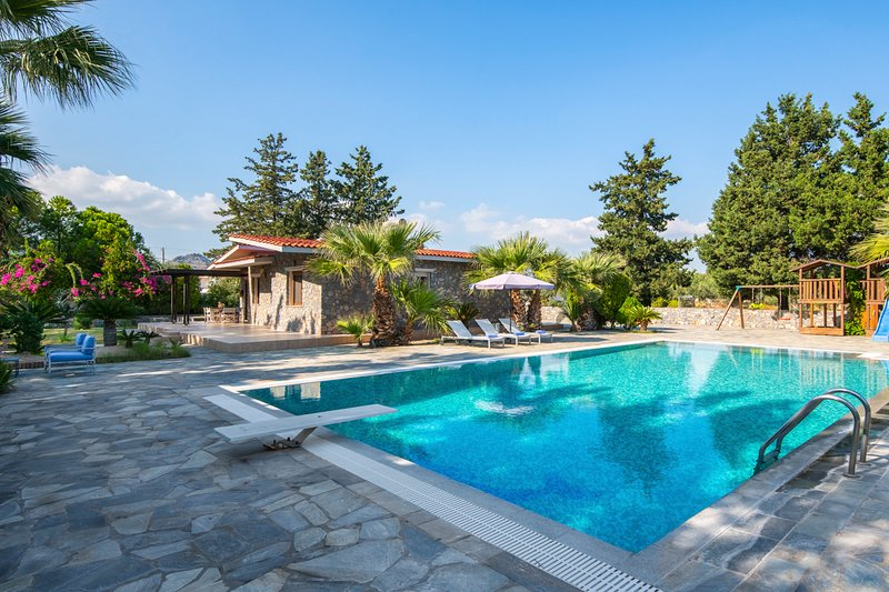 Kolympia Villa Sleeps 6 with Pool and Air Con - 5825212, holiday rental in Kolimbia