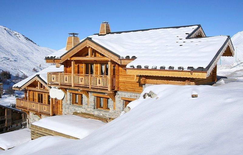 Venosc Chalet Sleeps 12 - 5827549, holiday rental in Mizoen
