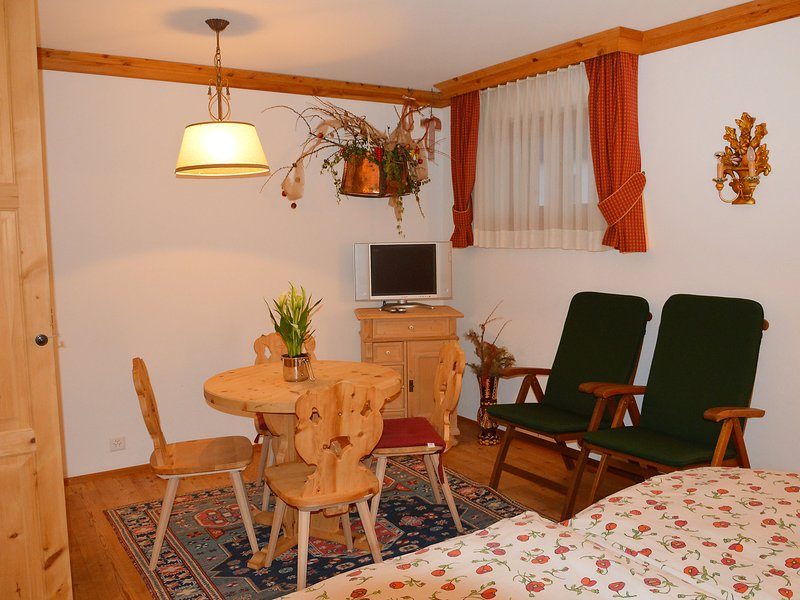 Chesa Sur Puoz E8, vacation rental in Madulain