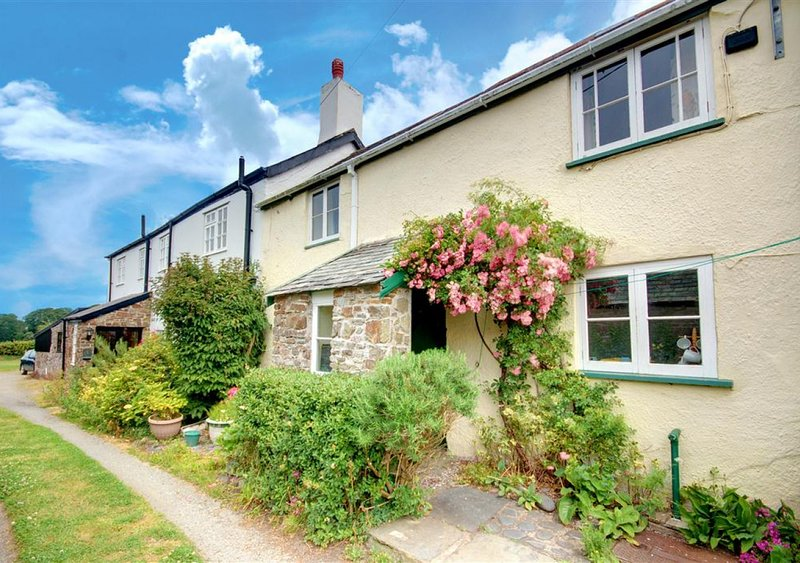 Waterside Cottage, Westleigh, vacation rental in Bideford