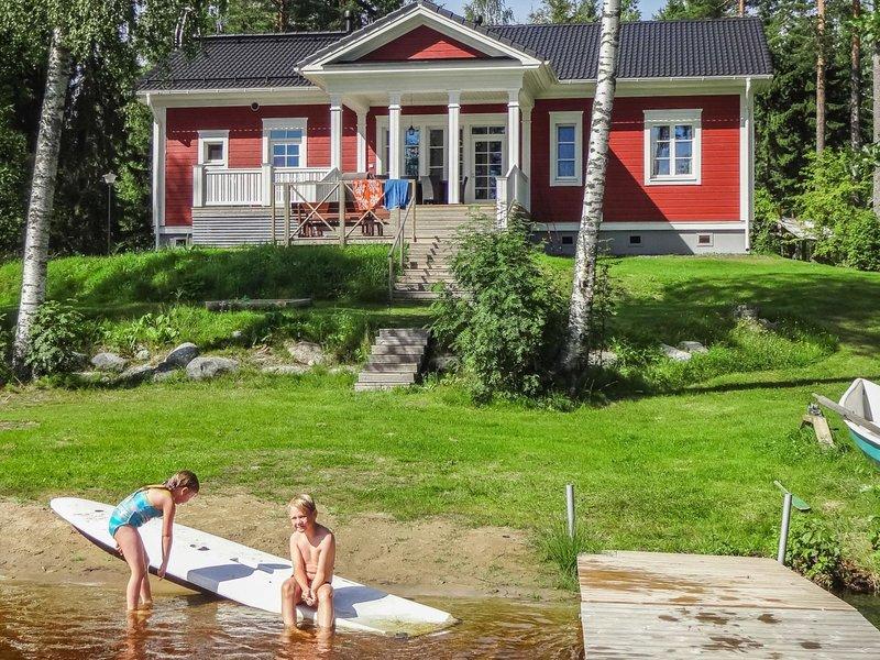 Villa elisabet, holiday rental in Ristiina