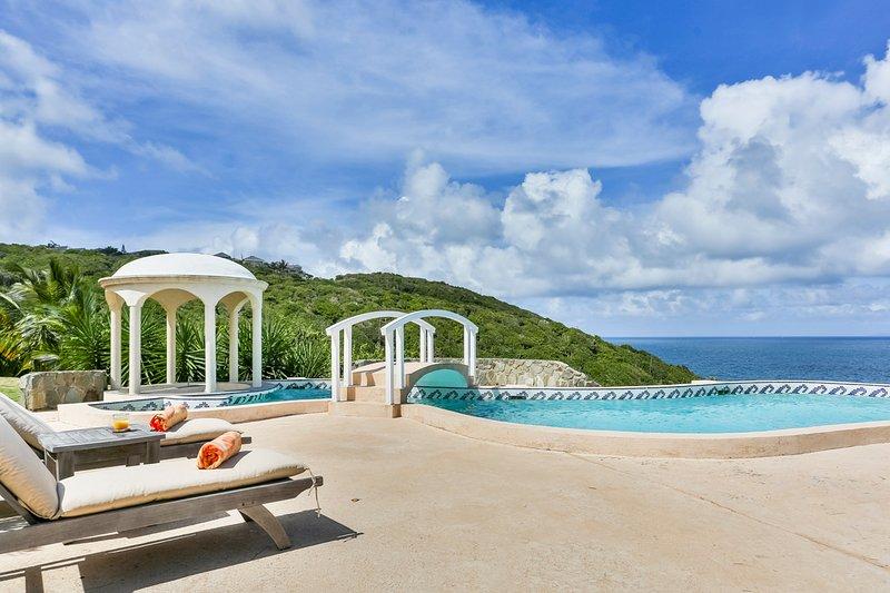 Cap Estate Villa Sleeps 8 with Pool and Air Con - 5696506, aluguéis de temporada em Cas En Bas