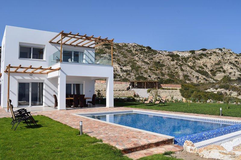 Antimacheia Villa Sleeps 6 with Air Con - 5825042, alquiler de vacaciones en Kefalos