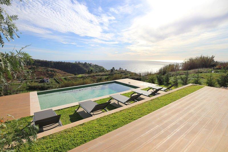 Premium contemporary villa set in sunny countryside with sea-views | Bella Vita, vacation rental in Faja da Ovelha
