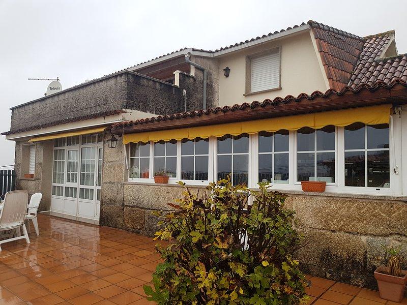 Se alquila casa entera con todas las comodidades., holiday rental in Marin