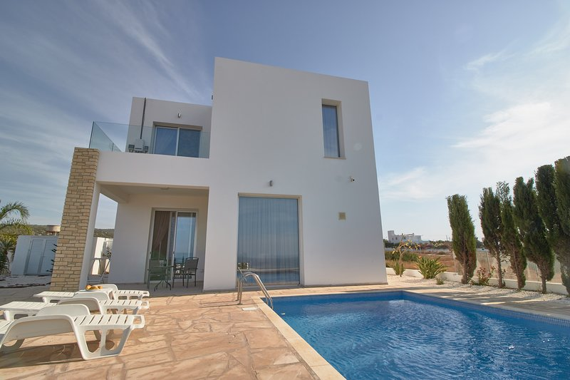 Stunning Akamas Villa - Amazing Sea VIews - Lara Bay - Meleti Forest, holiday rental in Pano Arodes