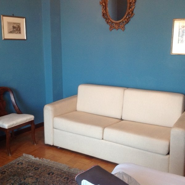 Beautiful apartment with terrace, vakantiewoning in Bagnolo Piemonte