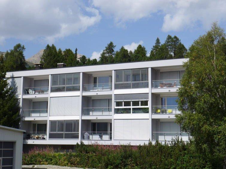 Saint Moritz Apartment Sleeps 2 with WiFi - 5032796 Chalet in St Moritz