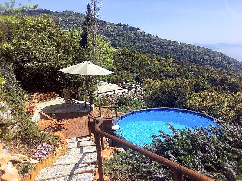 Ayios Vlasios Villa Sleeps 10 with Pool - 5822713, location de vacances à Agria