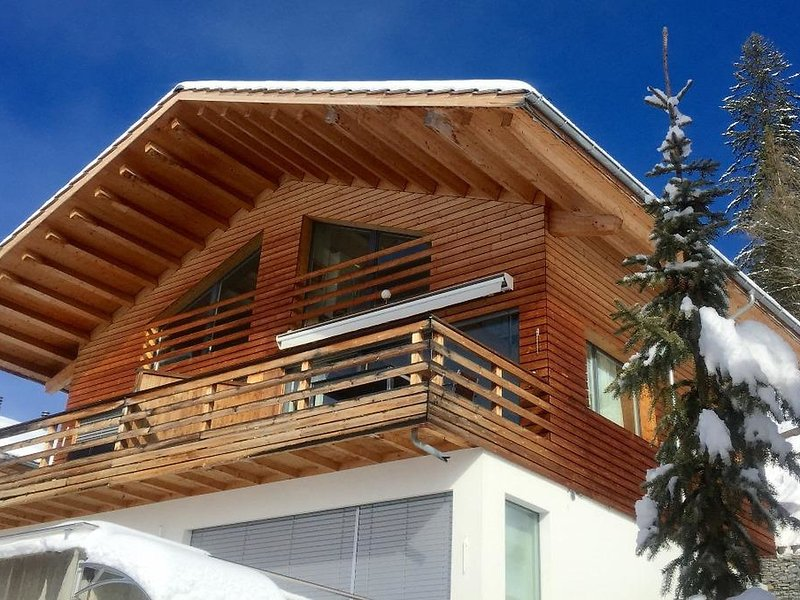 Chalet Weitblick, vacation rental in Lenk im Simmental