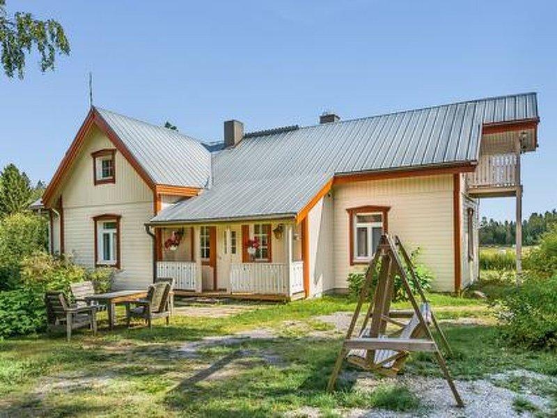 Rentola, holiday rental in Karstula