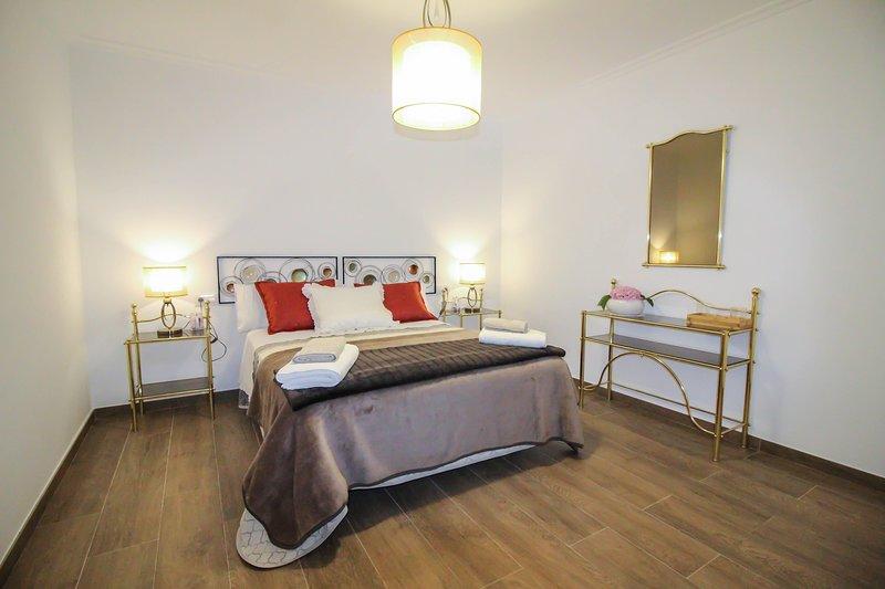 LAR DE CARMEN - Sotomaior, Pontevedra, holiday rental in Marin
