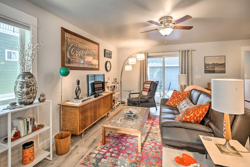 NEW! Home by DT Livingston: Fly Fish, Hike, & Ski!, vacation rental in Clyde Park