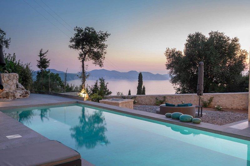 Kokolata Villa Sleeps 4 with Pool Air Con and WiFi - 5826202, alquiler de vacaciones en Assos