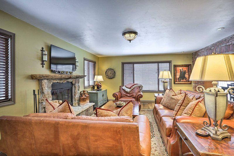 Updated Home 10 Min to Vail & Beaver Creek Resorts, vacation rental in Eagle-Vail