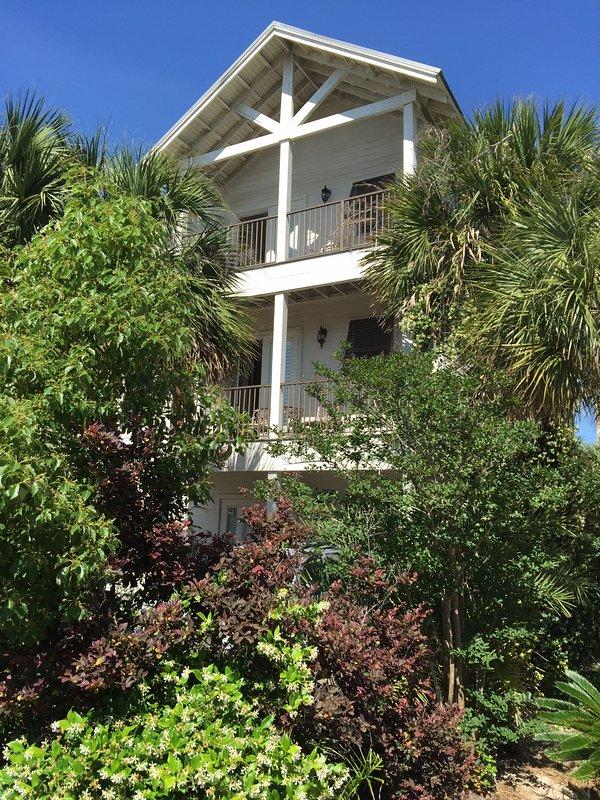 Maison privée debout de 3000 pieds carrés avec piscine privée et accès gratuit à Beach Front Resort