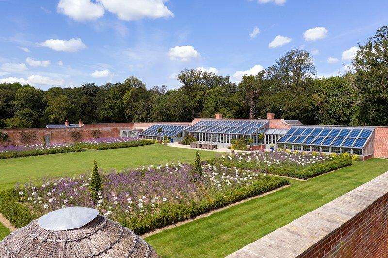Sibton Villa Sleeps 16 with Pool - 5822126, holiday rental in Bramfield