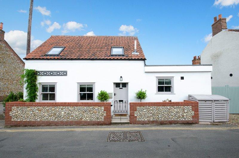 Holt Villa Sleeps 2 - 5818380, vacation rental in Briston