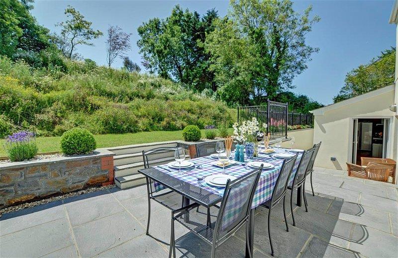 Croyde Villa Sleeps 10 - 5818370, location de vacances à Saunton