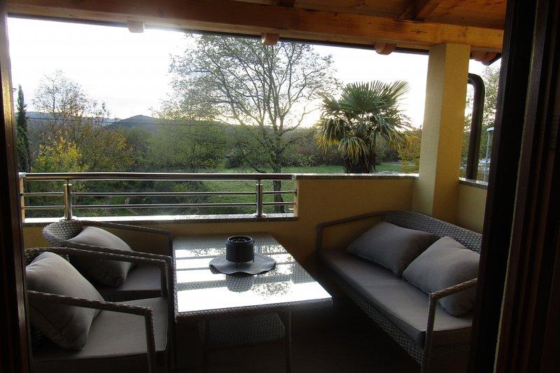 Ferienwohnung 4909-1 für 5 Pers. in Roc, holiday rental in Kotli