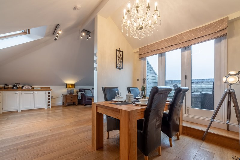 9 Fernhill Penthouse, holiday rental in St Ives