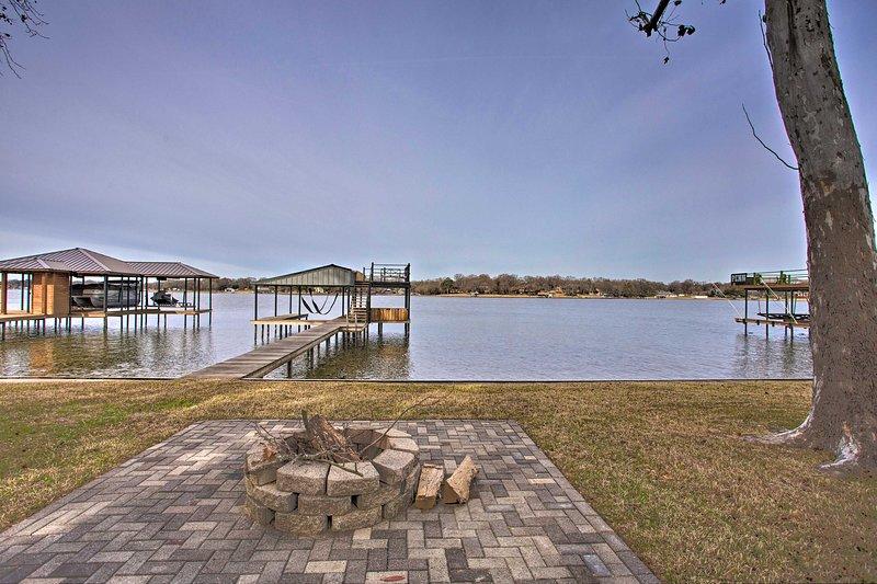 Trova il tuo rifugio Cedar Creek Lake in questa bellissima casa vacanza!