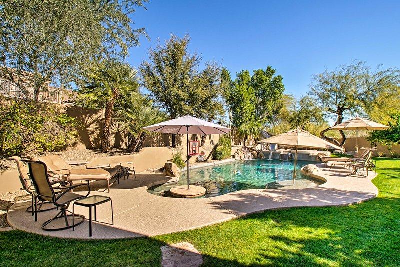 Scottsdale Home at Grayhawk w/ Pool, Slide + Spa!, aluguéis de temporada em Paradise Valley