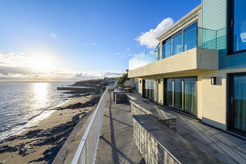 Porthleven Villa Sleeps 8 - 5816230, holiday rental in Gunwalloe