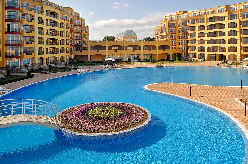 Midia Grand Resort G 402 - Family studio for 4 people with Sea view, holiday rental in Kableshkovo