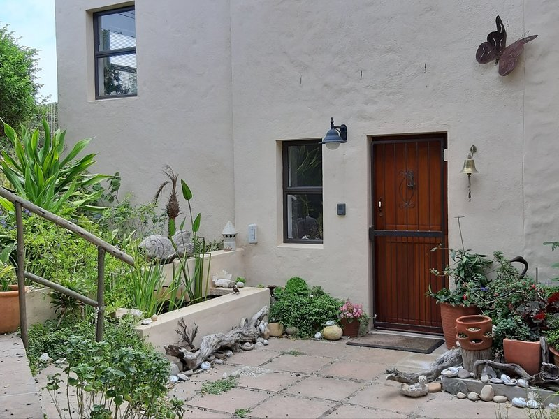 Gogo's Garden Apartment, holiday rental in Overstrand