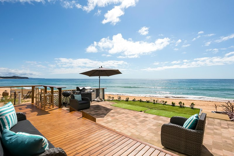 Beachfront Heaven - Collaroy Beach, NSW, holiday rental in Greater Sydney