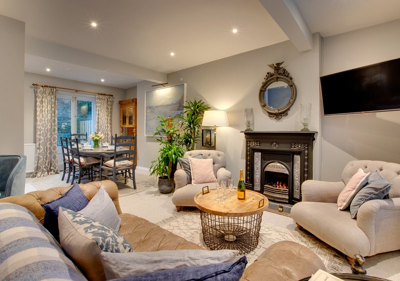 Aldford House, holiday rental in Fowey